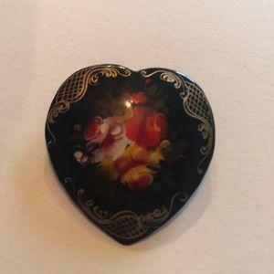 Jewelry - Black flower pin.